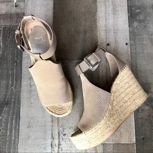 NEW Marc Fisher Annie Suede Open Toe Wedges